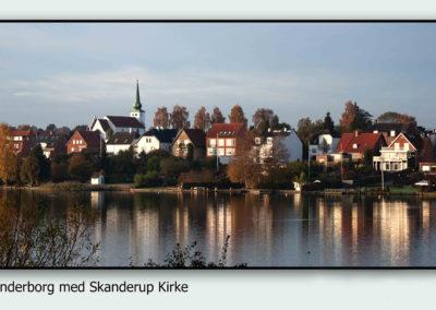 Skanderborg med Skanderup Kirke med ramme