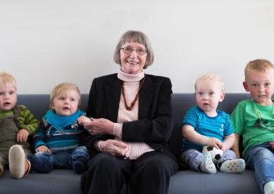 Gruppebillede med oldemor